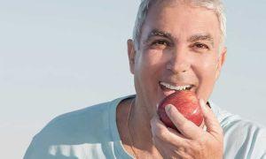 Как быстро привыкнуть к зубным протезам