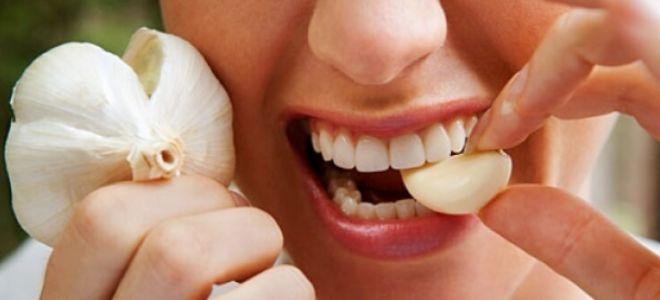 Как использовать чеснок от зубной боли