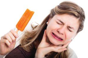 Зуб реагирует на холодное и горячее