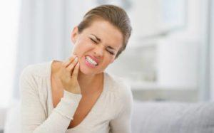 если ломит зубы, и как это лечить