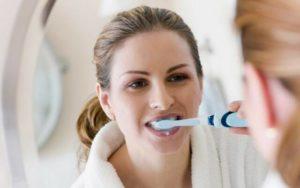 Почему чешется зуб и десны