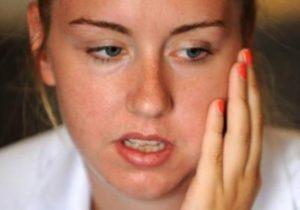 Почему зуб не болит, а щека опухла и как это лечится