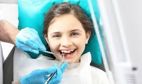 детям ставят брекеты на зубы