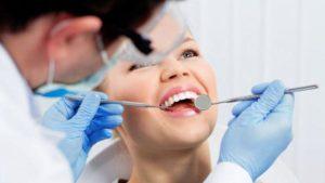 Когда можно употреблять алкоголь после удаления зуба